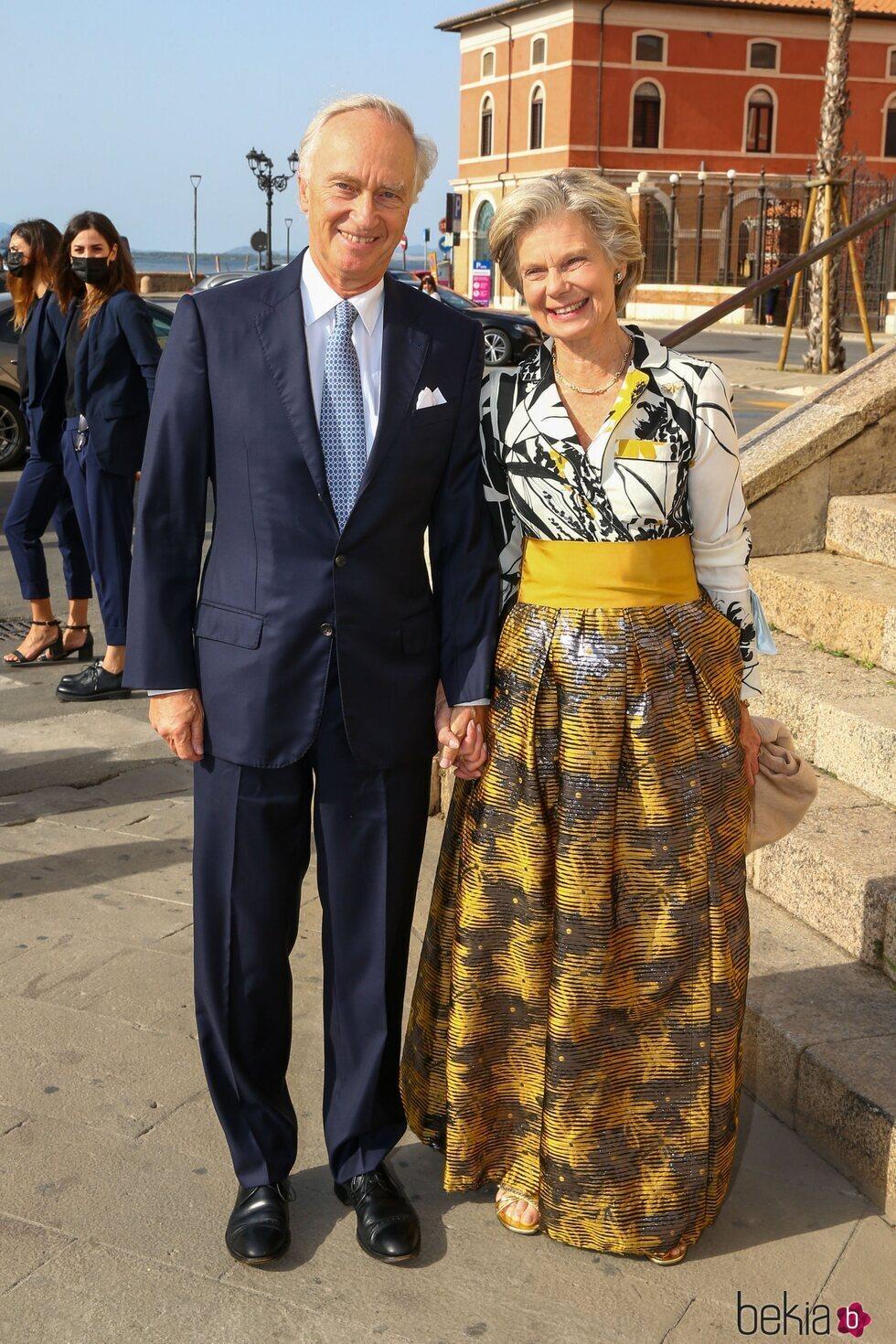 Christian de Habsburgo y Marie-Astrid de Luxemburgo en la boda de Marie Astrid de Liechtenstein y Ralph Worthington