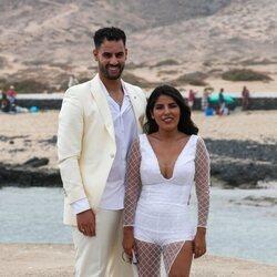 Isa Pantoja y Asraf Beno en la boda de Anabel Pantoja y Omar Sánchez