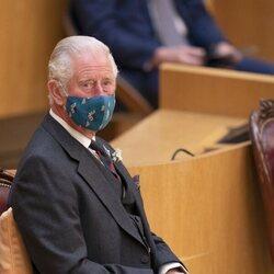 El Príncipe Carlos en la sesión inaugural del Parlamento de Escocia