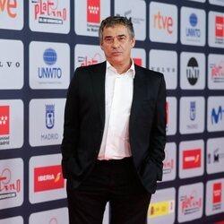 Eduard Fernández en la alfombra roja de los Premios Platino 2021