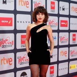 María León en la alfombra roja de los Premios Platino 2021
