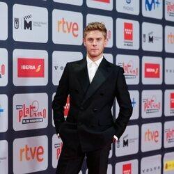 Patrick Criado en la alfombra roja de los Premios Platino 2021