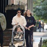 Joe Jonas y Sophie Turner de paseo por Nueva York con su hija Willa