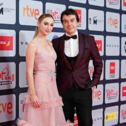 Marta Hazas y Javier Veiga en la alfombra roja de los Premios Platino 2021