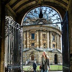Isabel de Bélgica en la Universidad de Oxford