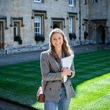 Isabel de Bélgica en la universidad