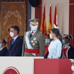 Los Reyes Felipe y Letizia comparten confidencias en el Día de la Hispanidad 2021