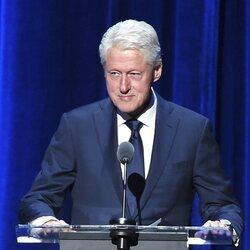 Bill Clinton en la entrega del galardón La Persona del año de MusiCares 2018