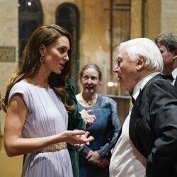 Kate Middleton y David Attenborough hablando en los Premios Earthshot 2021