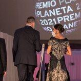Los Reyes Felipe y Letizia a su llegada al Premio Planeta 2021