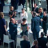 Los Reyes Felipe y Letizia reciben un aplauso en el Premio Planeta 2021