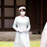 Mako de Japón en su visita a los Tres Santuarios del Palacio Imperial de Tokyo