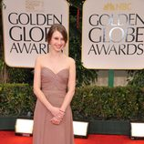 Tessa Farmiga en la alfombra roja de los Globos de Oro 2012