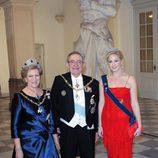 Constantino, Ana María y Theodora de Grecia en la celebración de los 40 años en el trono de Margarita de Dinamarca