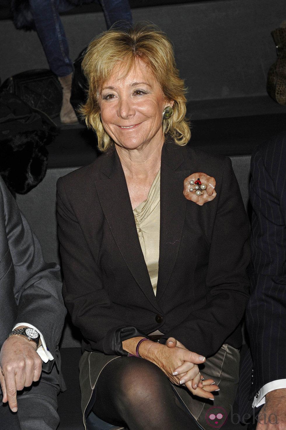 Anterior Esperanza Aguirre en el desfile de Roberto Verino en la Fashion Week Madrid