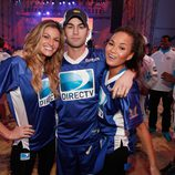 Erin Andrews, Chace Crawford y Chrissy Teigen en la Celebrity Beach Bowl 2012