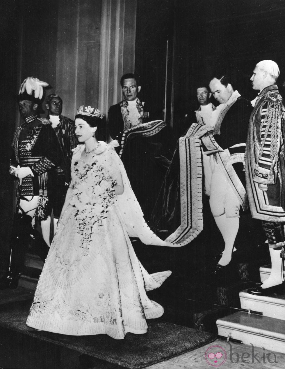 Coronaci 243 N De La Reina Isabel Ii Del Reino Unido En 1953