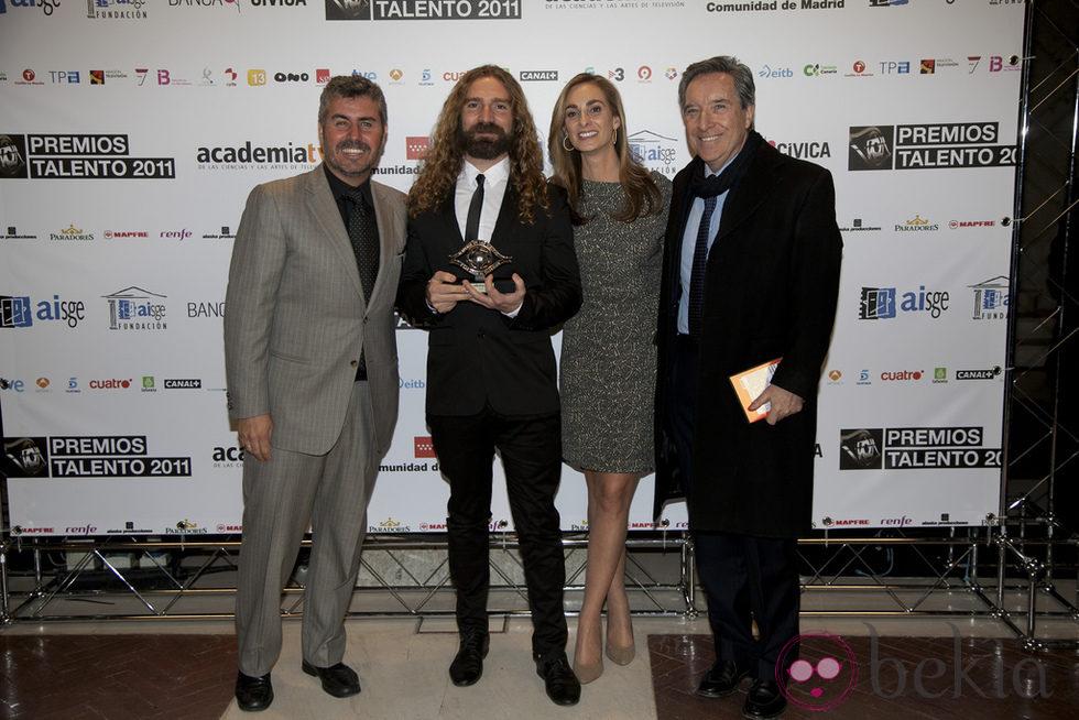 Miguel Ángel Oliver, Mario Moros, Marta Reyero e Iñaki Gabilondo en los Premios Talento 2012
