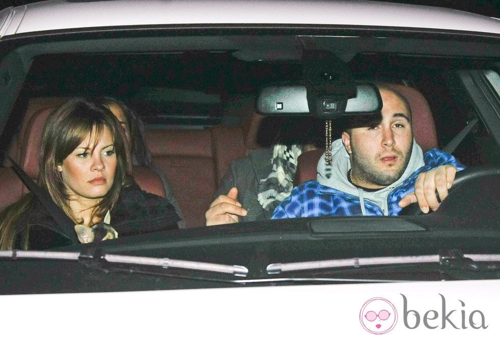 Kiko Rivera y Jessica Bueno en el interior de su coche