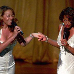 Mariah Carey y Whitney Houston en los Oscar 1999