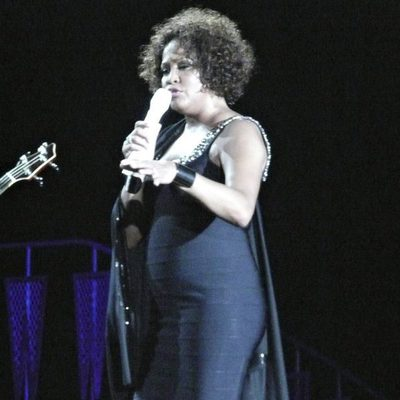Whitney Houston de concierto en 2010