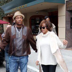 Whitney Houston dos días antes de su muerte