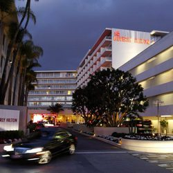 El hotel Beverly Hilton en el que Whitney Houston fue encontrada muerta