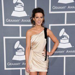 Kate Beckinsale en los Grammy 2012