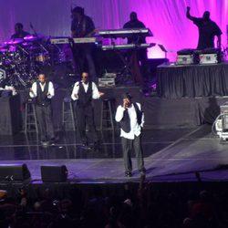 Bobby Brown en uno de sus conciertos