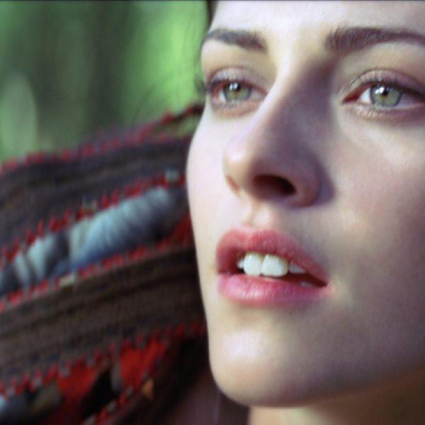 Kristen Stewart, Chris Hemsworth y Charlize Theron protagonizan 'Blancanieves'