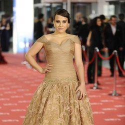 Alba García en la alfombra roja de los Goya 2012