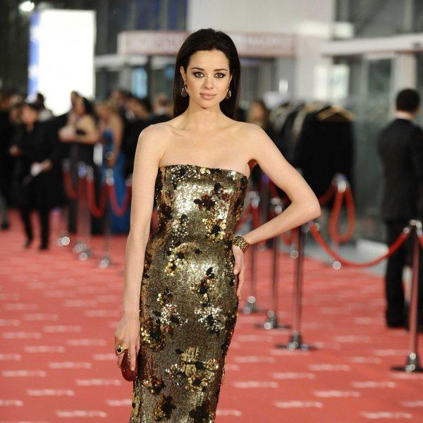 Dafne fern ndez en la alfombra roja de los goya 2012 - Alfombras los fernandez ...