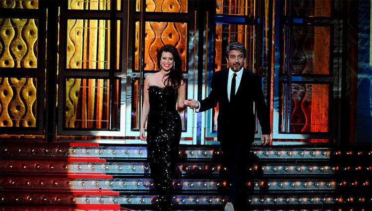 Angie Cepeda y Ricardo Darín en la gala de los Goya 2012