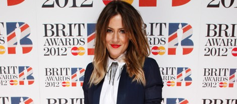 Caroline Flack en los premios Brit 2012