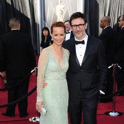 Michel Hazanavicius y Berenice Bejo en la alfombra roja de los Oscar 2012