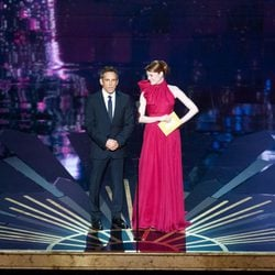 Ben Stiller y Emma Stone en la ceremonia de los Oscar 2012