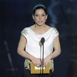 Sandra Bullock en la ceremonia de entrega de los Oscar 2012