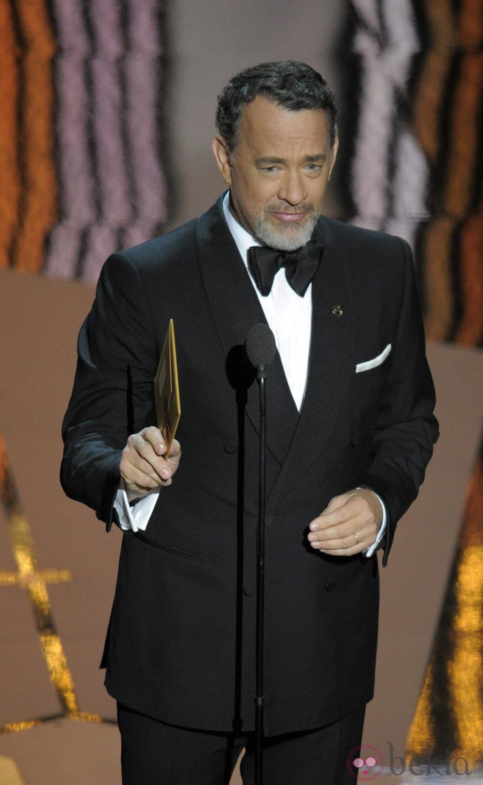 Tom Hanks en la entrega de los Oscars 2012