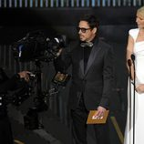 Robert Downey Jr. y Gwyneth Paltrow en la ceremonia de entrega de los Oscar 2012