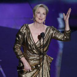Meryl Streep recoge su Oscar 2012 a la Mejor Actriz