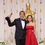 Jean Dujardin y Natalie Portman en los Oscars 2012