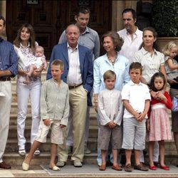 La Familia Real Española en el Palacio de Marivent en 2007