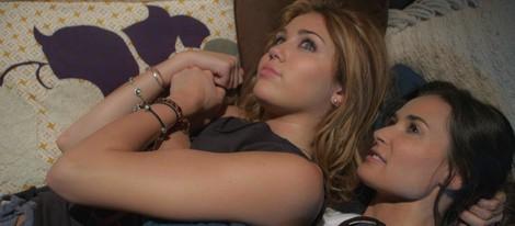 Miley Cyrus y Demi Moore protagonizan 'Bienvenido al mundo de LOL'