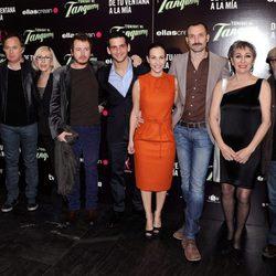 Pablo Rivero, Fran Perea, Paula Ortiz, Luisa Gavasa y Álex Angulo en el estreno de 'De tu ventana a la mia'