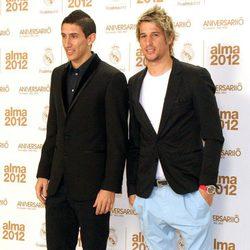 Ángel Di María y Fábio Coentrão en los premios Alma 2012 de la Fundación del Real Madrid