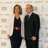 Ana Botella y Florentino Pérez en los premios Alma 2012 de la Fundación Real Madrid
