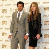 Luis Figo y Helen Swedin en los premios Alma 2012 de la Fundación Real Madrid
