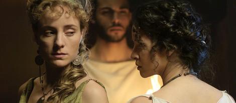 Ángela Cremonte y Paula Prendes en 'Imperium'