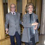 Mike Stilianopoulos y Pitita Ridruejo en el funeral de Ana Medina