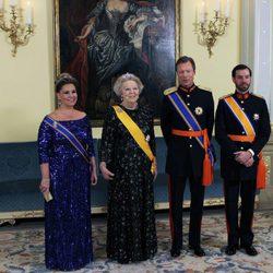 Los Grandes Duques de Luxemburgo, el Príncipe Guillermo y la Reina Beatriz de Holanda